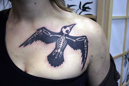 Crow skeleton tattoo. Source: flickr.com