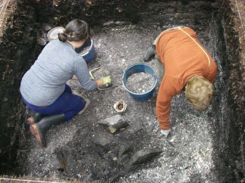 UVIC Students excavating at Hiikwis Site, Barkley Sound.
