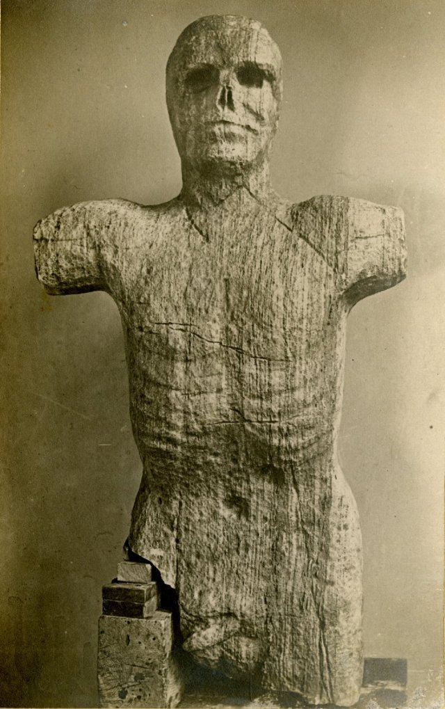 The giant of Happy Valley Esquivalt(?) [sic].  Sent to Professor Flower at Nat Hist Mus and returned to the owner Left McCallum. Source: British Museum.